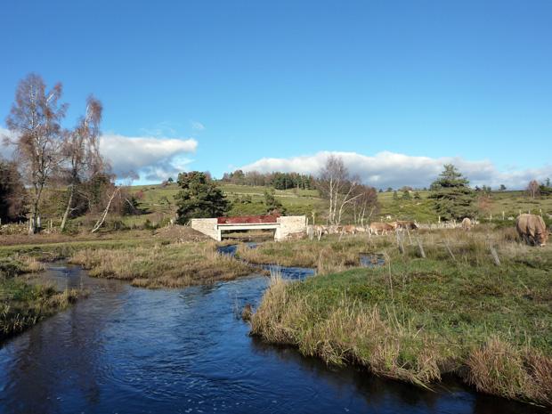 PR14 Le pont de las Fédes traversant la Rimeize